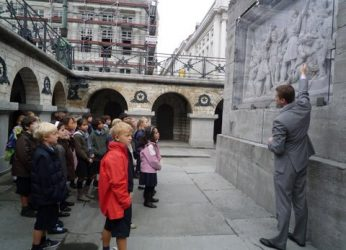 Visite école place des martyrs